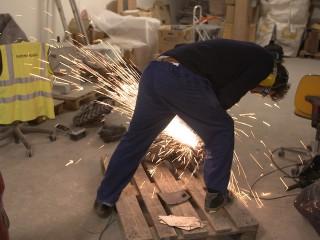 Proces film: billedkunstneren FOS arbejde med en skulpturel plads ved HF-Centret Efterslægten.